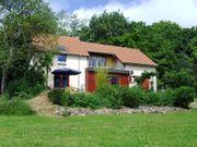 Burgund Schönes Landhaus mit Ausssicht
