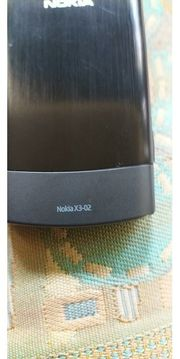 x3 02 von Nokia