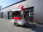Food Truck Hot Dog Wagen
