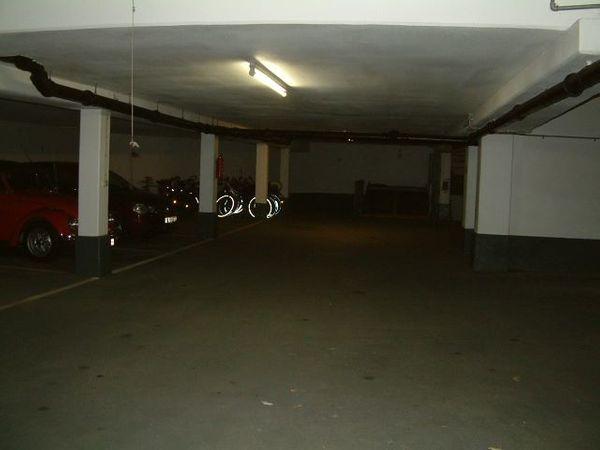 ebener Garagenstellplatz Leopold 191 Rümanstr