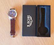 Armbanduhr neu mit Lederband