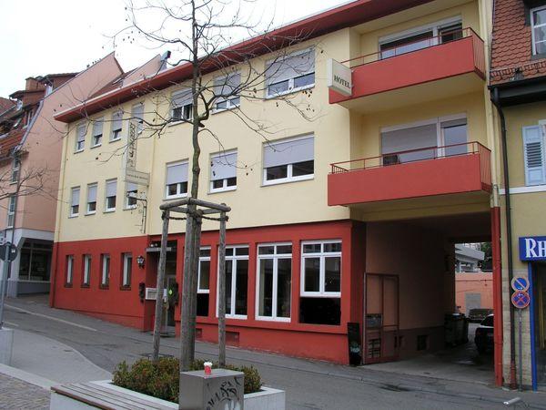 Wohn- Geschäftshaus