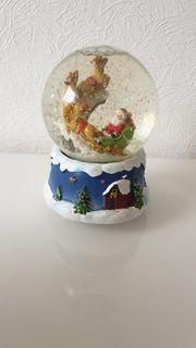 Schneekugel Weihnachten mit Melodie