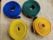 4 verschiedene Judo- Karate-Gürtel zu