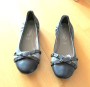 NEUE grausilberne Ballerinas von Dockers