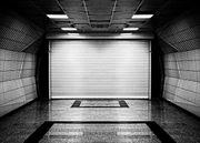 Suche PKW-Garage oder Stellplatz in