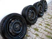 Winterreifen auf Stahlfelgen für Mercedes