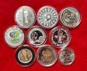 9 Silbermünzen und -Medaillen Fifa