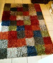 schöner Teppich 170 x 120
