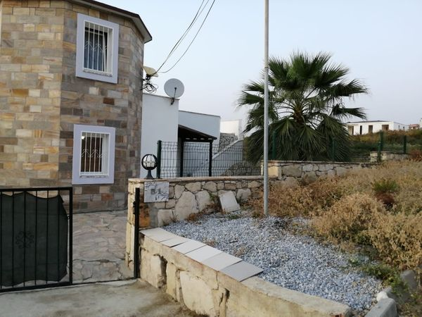 Freistehende Villa mit Privatpool und