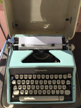 Bild 4 - Schreibmaschine Olympia defektes Zugband - Starnberg