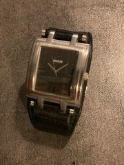 Armbanduhr Guess
