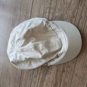 Baskenmütze Beanie beige mit silberfarbenen