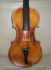 Geige mit Etikett Franciskus F
