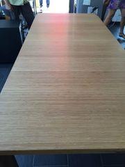 Designer Tisch aus massivem Bambu-