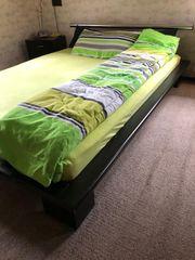Futon Bett steht in Filderstadt