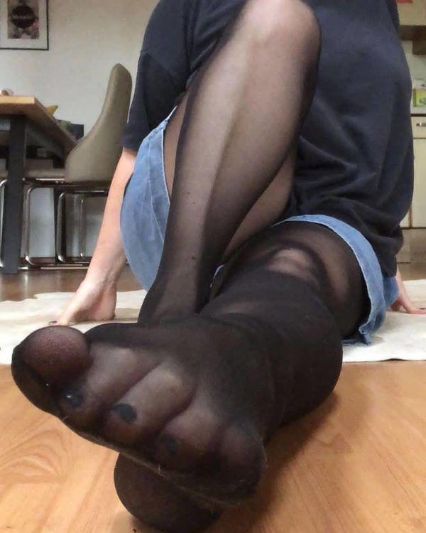Frauen mit schönen Füßen gesucht