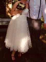 Neuwertiges kurzes Brautkleid mit Corsage