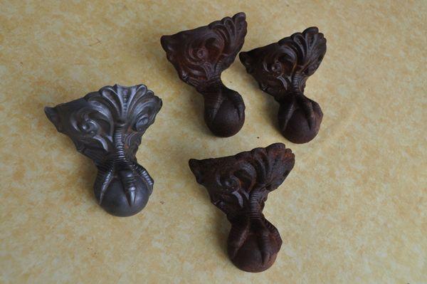 4 Gründerzeit Ofenfüße Gusseisen Greifvogelfüße