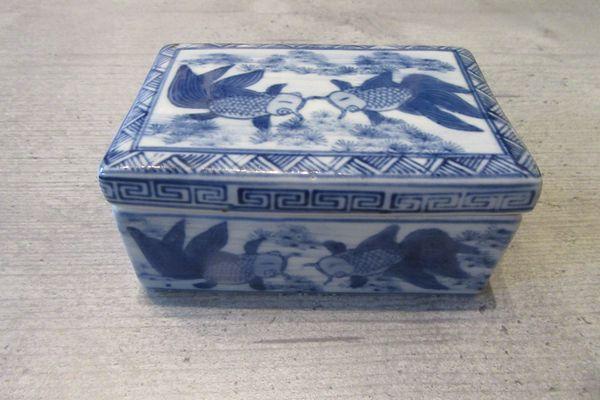 Deckeldose Keramik Blau Weiß