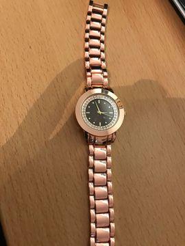 Uhren - Schöne Neue Damenuhr