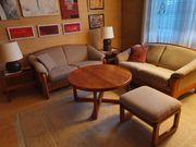 Sofagruppe 2 Zweisitzer Tisch 2