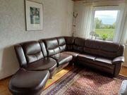 Schöne zeitlose Couch zu verkaufen