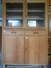 Küchenschrank aus Omas Zeiten