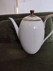 antike Kaffeekanne