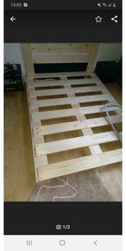 palettenbett mit neuer Matratze