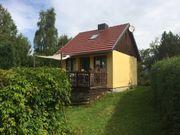 Grundstück mit Gartenhaus(
