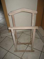 Stummer Diener - Kleiderständer aus Holz