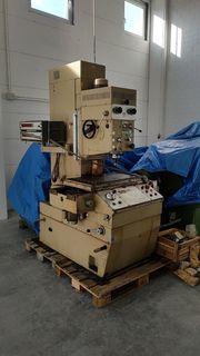 Bohrwerk Bohrmaschine Fräsmaschine Mikromat 4B