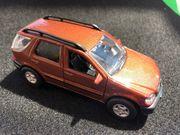 Spielzeugauto Mercedes Bens ML