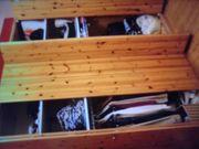 Kleiderschrank aus Kieferholz ohne Mängel