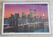 Farbiges gerahmtes Poster Skyline von