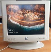 17 Dell Ultra Sharp LCD