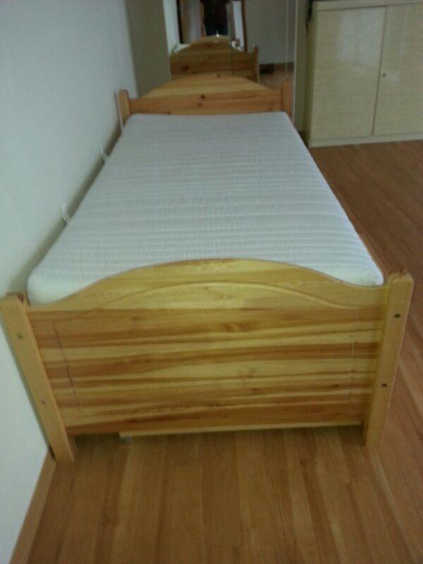 Kiefer Bett mit Bettkasten und