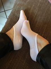 Fuß Fotos oder getragene Socke