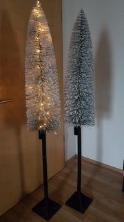 Beschneite LED Leuchtbäume