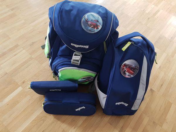 Schultasche Ergobag mit Sportrucksack Federschachteln