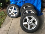 Komplettsatz Pirelli Sottozero3 Winterreifen 215