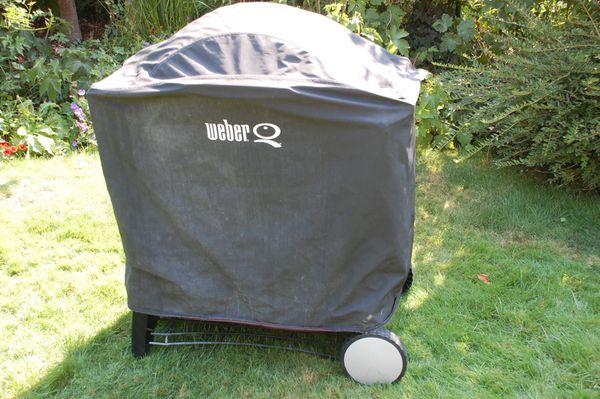 Weber Holzkohlegrill Funktion : Abdeckhaube weber grill q300 in limburgerhof sonstiges für den