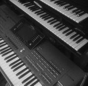 Erfahrener Keyboarder Gesang sucht Band