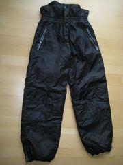 Neuwertige Kinderschneehose Skihose schwarz 152
