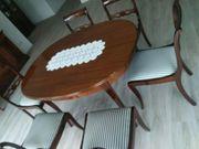Wohnzimmertisch incl sechs Stühle