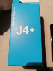 Samsung J4 mit Hüllen