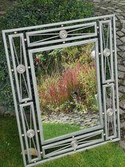 Schmiedeeiserner Design-Spiegel