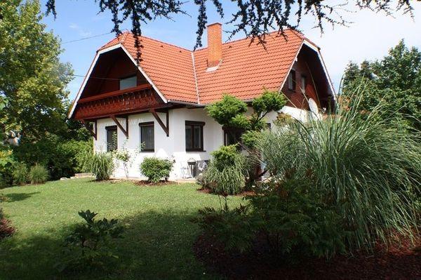 Ungarn Haus Eckhaus am Balaton