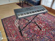 Keyboard mit Untergestell